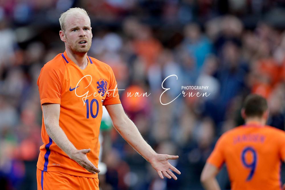 04-06-2017 VOETBAL:NEDERLAND-IVOORKUST:ROTTERDAM<br /> Oranje oefende tegen Ivoorkust vanavond in De Kuip<br /> <br /> Davy Klaassen van Oranje (Ajax) teleurgesteld <br /> <br /> Foto: Geert van Erven
