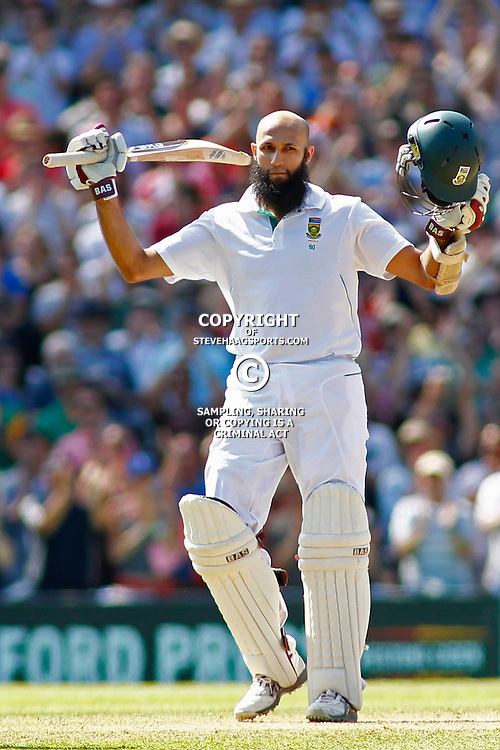 22/07/2012 London, England. South Africa's Hashim Amla celebrates being the first South African player to score a triple century in a test match during the Investec cricket international test match between England and South Africa, played at the Kia Oval cricket ground: Mandatory credit: Mitchell Gunn