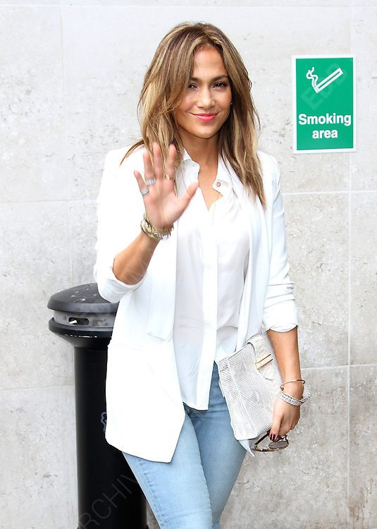 30.MAY.2013 LONDON<br /> <br /> JENNIFER LOPEZ LEAVING HER LONDON HOTEL BEFORE HEADING TO DO A RADIO INTERVIEW.<br /> <br /> BYLINE: EDBIMAGEARCHIVE.COM<br /> <br /> *THIS IMAGE IS STRICTLY FOR UK NEWSPAPERS AND MAGAZINES ONLY*<br /> *FOR WORLD WIDE SALES AND WEB USE PLEASE CONTACT EDBIMAGEARCHIVE - 0208 954 5968*