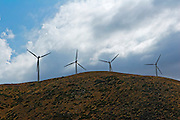 USA, Califoria, Wind turbine farm