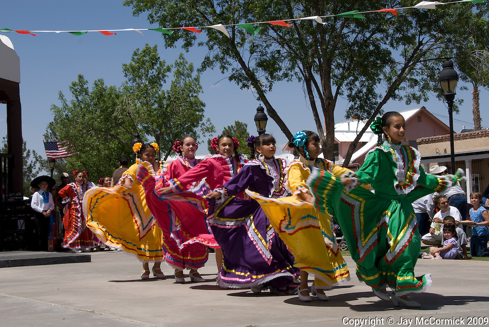Dancer at Cinco De Mayo street festival in Las Cruces, NM (Old Messilla)