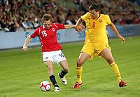 Fotball , 9. september 2009 <br /> Norge- Makedonia 2-1<br /> Norway-Macedonia<br /> VM-kvalifisering<br /> Morten Moldskred , Norge og Goran Popov , Makedonia
