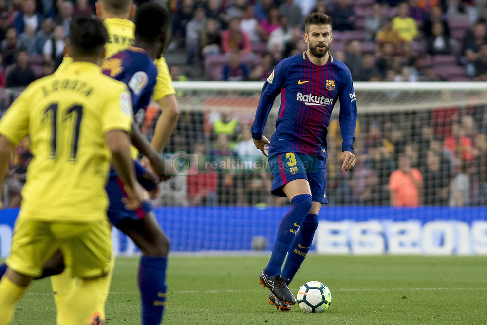 May 9, 2018 - Barcelona, Catalonia, Spain - Gerard Piqué during the spanish football league La Liga match between FC Barcelona and Villarreal at the Camp Nou Stadium in Barcelona, Catalonia, Spain on May 9, 2018  (Credit Image: © Miquel Llop/NurPhoto via ZUMA Press)