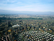 Nederland, Zuid-Holland, Wassenaar, 01-12-2005; luchtfoto (25% toeslag); camping en recreatiepark Duinrell (met reuzenrad en zwembad met glijbaan) in de duinen, Noordzeestrand aan de horizon; recreatie, kamperen, recreeren, vrije tijd, vaste huisjes, stacaravans, campers, planologie, overbevolking, verstedelijking, milieu, ruimtelijke ordening, landschap.foto Siebe Swart
