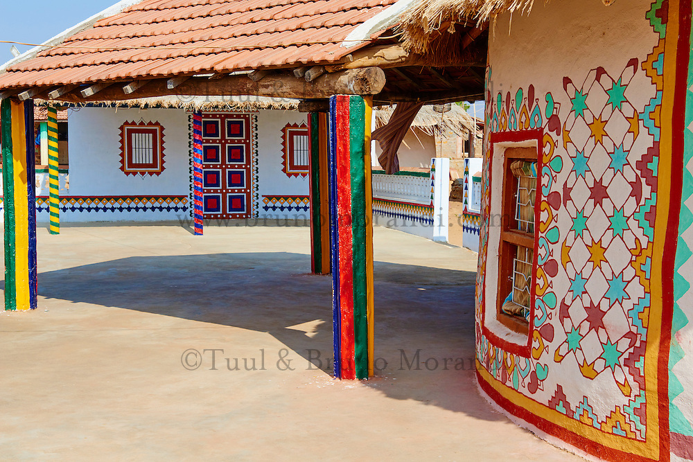 Inde, Gujarat, Kutch, village de Ludia, population d'ethnie Harijan // India, Gujarat, Kutch, Ludia village, Harijan ethnic group