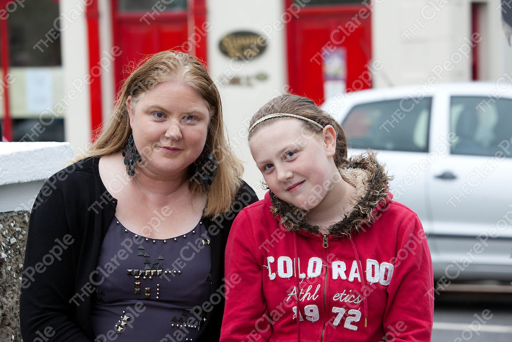Catherine and Alexandria McGrath, Ogonolloe at the Tuamgraney Monster BBQ.<br /> Pic Press 22.