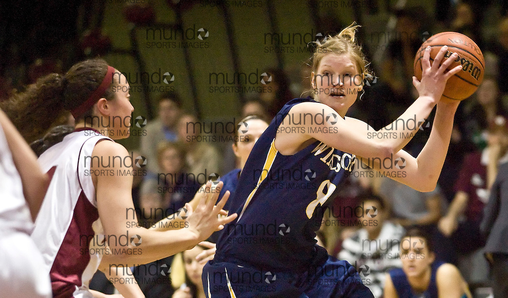(March 6, 2010) Iva Peklova (#8) of the University of Windsor Lancers looks for a passing lane during Windsor's victory over the University of Ottawa Gee Gees in the 2010 Ontario University Athletics (OUA) women's basketball championship, played at the University of Ottawa.