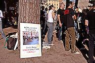 Roma, 6 Nov 2010.Manifestazione dell'associazione 100% animalisti contro le botticelle romane.Rome, November 6, 2010.Demonstration by animal rights activists  against Horse-Drawn Carriage