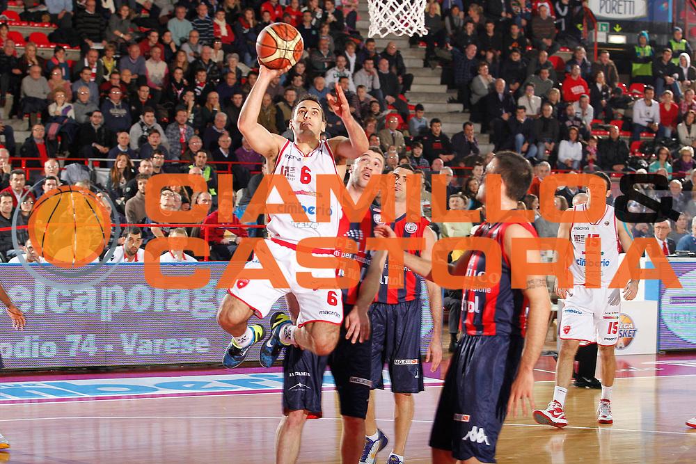 DESCRIZIONE : Varese Campionato Lega A 2011-12 Cimberio Varese Angelico Biella<br /> GIOCATORE : Rok Stipcevic<br /> CATEGORIA : Tiro Penetrazione Super Equilibrio<br /> SQUADRA : Cimberio Varese<br /> EVENTO : Campionato Lega A 2011-2012<br /> GARA : Cimberio Varese Angelico Biella<br /> DATA : 18/12/2011<br /> SPORT : Pallacanestro<br /> AUTORE : Agenzia Ciamillo-Castoria/G.Cottini<br /> Galleria : Lega Basket A 2011-2012<br /> Fotonotizia : Varese Campionato Lega A 2011-12 Cimberio Varese Angelico Biella<br /> Predefinita :