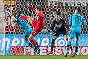 ENSCHEDE - 17-12-2016, FC Twente - AZ, Grolsch Velst Stadion, 1-2, AZ speler Stijn Wuytens, FC Twente speler Dylan Seys, AZ keeper Sergio Rochet, AZ speler Mats Seuntjens