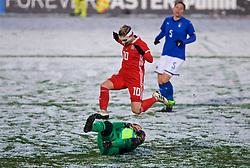 CESENA, ITALY - Tuesday, January 22, 2019: Wales' Jessica Fishlock and Italy's goalkeeper Rosalia Pipitone during the International Friendly between Italy and Wales at the Stadio Dino Manuzzi. (Pic by David Rawcliffe/Propaganda)