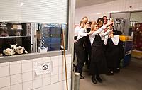 Amsterdam, 9 september 2018.<br /> GroenLinks bijeenkomst De Kantine in Actie in AFAS Live met leider Jesse Klaver. Klaver voor aanvang achter de schermen<br /> Foto Martijn Beekman