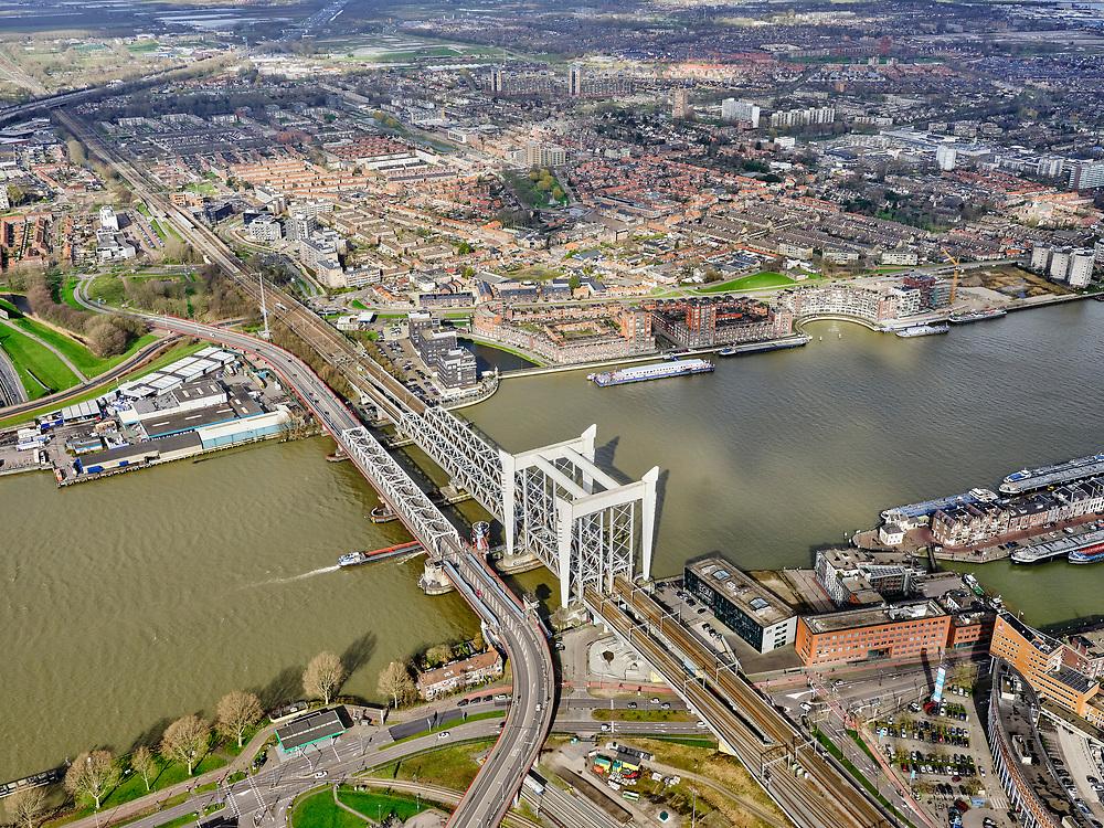 Nederland, Zuid-Holland, Dordrecht, 25-02-2020; Oude Maas, met Spoorbrug Dordrecht(Grote brug) tussen Dordrecht enZwijndrecht (boven in beeld). Links van de spoorbrug de Drechttunnel (Rijksweg 16).<br /> Oude Maas (old Meuse), with Railway Bridge Dordrecht between Dordrecht and Zwijndrecht (rechts). View of Drechttunnel (tunnel Dordrecht).<br /> luchtfoto (toeslag op standard tarieven);<br /> aerial photo (additional fee required)<br /> copyright © 2020 foto/photo Siebe Swart