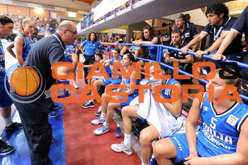 DESCRIZIONE : Latina Qualificazioni Europei Francia 2013 Italia Grecia<br /> GIOCATORE : Roberto Ricchini<br /> CATEGORIA : Coach Ritratto Time Out<br /> SQUADRA : Nazionale Italia<br /> EVENTO : Latina Qualificazioni Europei Francia 2013<br /> GARA : Italia Grecia<br /> DATA : 11/07/2012<br /> SPORT : Pallacanestro <br /> AUTORE : Agenzia Ciamillo-Castoria/GiulioCiamillo<br /> Galleria : Fip 2012<br /> Fotonotizia : Latina Qualificazioni Europei Francia 2013 Italia Grecia<br /> Predefinita :
