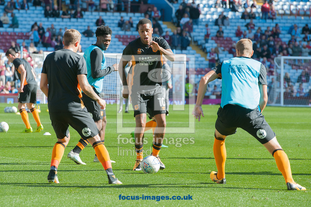 Abel Hern&aacute;ndez of Hull City warms up prior to the Sky Bet Championship match at Villa Park, Birmingham<br /> Picture by Matt Wilkinson/Focus Images Ltd 07814 960751<br /> 05/08/2017
