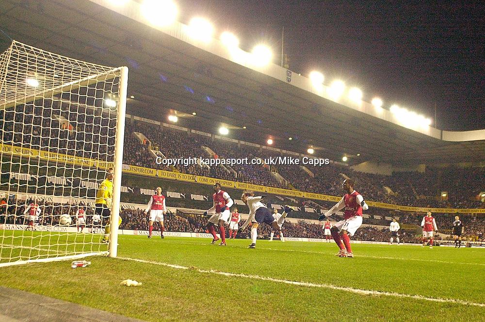 Dimitar Berbatov fires in Tottenhams 1st Goal past Arsenal Keeper Manuel Almunia, Carling Cup 1st Leg Semi Final 24/1/2007