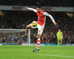 Arsenal's Mikel Arteta controls the ball. - Photo mandatory by-line: Alex James/JMP - Mobile: 07966 386802 - 22/11/2014 - Sport - Football - London - Emirates Stadium - Arsenal v Manchester United - Barclays Premier League