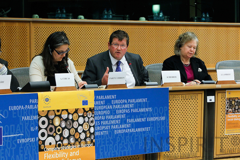 "BRUSSELS - BELGIUM - 03 MARCH 2010 -- From left Agnès Parent-Thirion, Head of the Surveys and Trends Unit, Eurofound, Peter Scherrer, General Secretary, European Metalworkers' Federation (EMF), and MEP Jean Lambert, (Greens/EFA), speaking at the Joint Seminar Eurofound - European Parliament ""Company strategies in Europe: Flexibility and social dialogue"". PHOTO: ERIK LUNTANG / INSPIRIT"