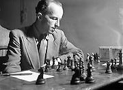 22/07/1952<br /> 07/22/1952<br /> 22 July 1952<br /> Irish Chess Championships at Newman House, St Stephen's Green, Dublin. M. Schuster, winner of Irish Chess Championship 1952.
