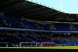 London Irish and Worcester Warriors observe a minutes silence for Ian Williams the Doncaster Knights Player who died recently - Mandatory by-line: Robbie Stephenson/JMP - 25/02/2018 - RUGBY - Madejski Stadium - Reading, England - London Irish v Worcester Warriors  - Aviva Premiership