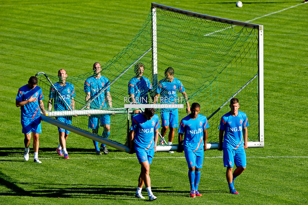 During the training for the trainingcamp of the Netherlands national football team in Hoenderloo on May 28, 2012. AFP PHOTO/ ROBIN UTRECHT