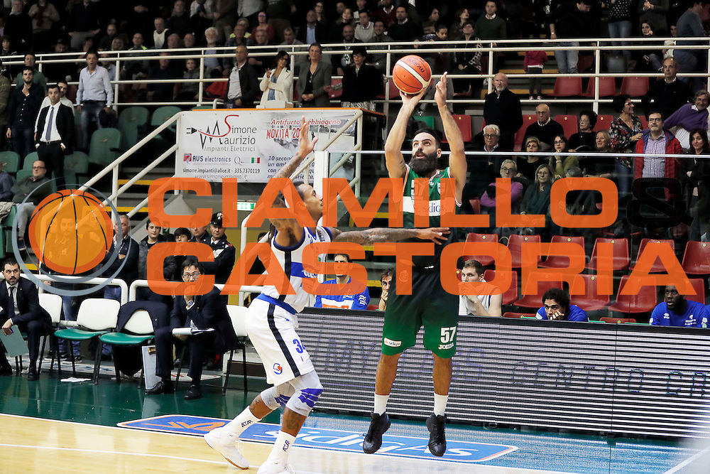 Avellino 30/10/2016 - Basket Lega A Campionato Italiano Pallacanestro 2016-17<br /> Sidigas Avellino - Germani Basket Brescia<br /> nella foto: Salvatore PArlato<br /> foto Ciamillo