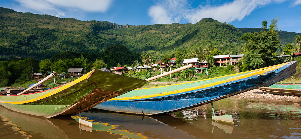 Boats on Nan Ou river at Muang Ngoi (Laos)