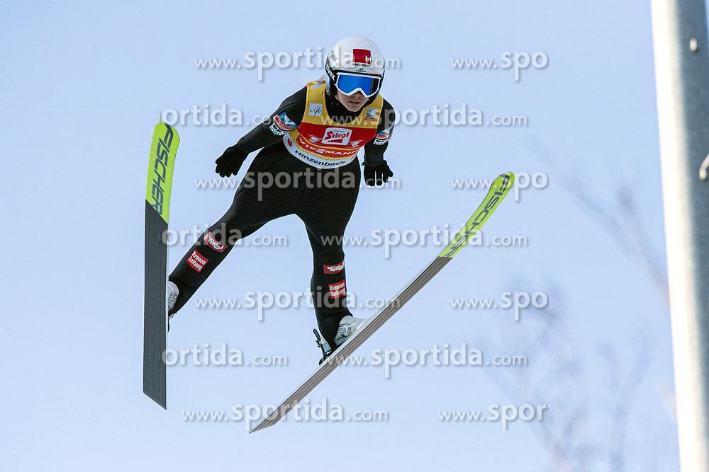 07.02.2020, Energie AG Skisprung Arena, Hinzenbach, AUT, FIS Weltcup Ski Sprung, Damen, im Bild Chiara Hoelzl (AUT) // Chiara Hoelzl (AUT) during the women's Jump of FIS Ski Jumping World Cup at the Energie AG Skisprung Arena in Hinzenbach, Austria on 2020/02/07. EXPA Pictures © 2020, PhotoCredit: EXPA/ Reinhard Eisenbauer