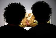 """Salón Supercable Jóvenes con FIA/ XII Edición, 19 de julio hasta el 13 de septiembre, En el Centro Cultural Corp Banca de La Castellana, serán exhibidas  las propuestas artísticas de 24 creadores venezolanos y extranjeros, en torno a la expresión """"En la Vía"""".Caracas Julio 19 2009 (Ramon Lepage  / Orinoquiaphoto)."""