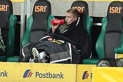 17.12.2011, BorussiaPark, Mönchengladbach, GER, 1.FBL, Borussia Mönchengladbach vs Mainz 05, im BildMarco Reuss (Mönchengladbach #11) verletzt auf der Bank // during the 1.FBL, Borussia Mönchengladbach vs Mainz 05 on 2011/12/17, BorussiaPark, Mönchengladbach, Germany. EXPA Pictures © 2011, PhotoCredit: EXPA/ nph/ Mueller ..***** ATTENTION - OUT OF GER, CRO *****