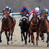 King George River and Robert Tart winning the 3.40 race