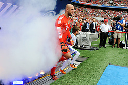09.08.2014, Allianz Arena, Muenchen, GER, 1. FBL, FC Bayern München, Teampräsentation, im Bild Torwart Pepe Reina (FC Bayern Muenchen) bei seinem ersten Auftritt in der Allianz Arena. // during the Team Presentation of German Bundesliga Club FC Bayern Munich at the Allianz Arena in Muenchen, Germany on 2014/08/09. EXPA Pictures © 2014, PhotoCredit: EXPA/ Eibner-Pressefoto/ Stuetzle<br /> <br /> *****ATTENTION - OUT of GER*****