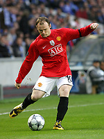 20090415: PORTO, PORTUGAL - FC Porto vs Manchester United: Champions League 2008/2009 – Quarter Finals – 2nd leg. In picture: Rooney . PHOTO: Manuel Azevedo/CITYFILES