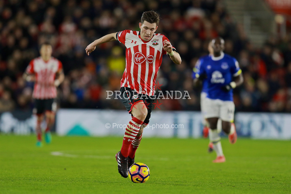 SOUTHAMPTON, ENGLAND - Saturday, November 19, 2016: Southampton's Pierre-Emile Hojbjerg during the FA Premier League match against Everton at St. Mary's Stadium. (Pic by David Rawcliffe/Propaganda)