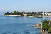 Blick auf Seeufer und Schlosskirche, Friedrichshafen, Bodensee, Baden-Württemberg, Deutschland