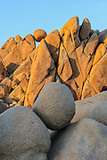 An example of the monzogranite joint system at Jumbo Rocks inside Joshua Tree National Park