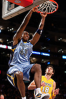 06 November 2009: Center Steven Hunter of the Memphis Grizzles dunks the ball against the Los Angeles Lakers during the first half of the Lakers 114-98 victory over the Grizzles at the STAPLES Center in Los Angeles, CA.