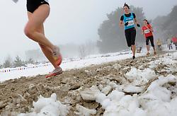 31-12-2010 Atletiek: Silvestercross: Soest<br /> Laatste dag van het jaar de Sylvestercross / Sneeuw, hard zand illustratief creative<br /> ©2011-WWW.FOTOHOOGENDOORN.NL