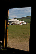 Mongolia. inside ger, father and sohn with the family.  Tumur batar. catle breeder family in Gatchurt area near.   gatchurt -/ interieur de Yourte, per et enfant en famille.. Tumur batar famille díeleveurs. mouton.  VALLEE DE GATCHURT. dans les environs de   Gatchurt - Mongolie