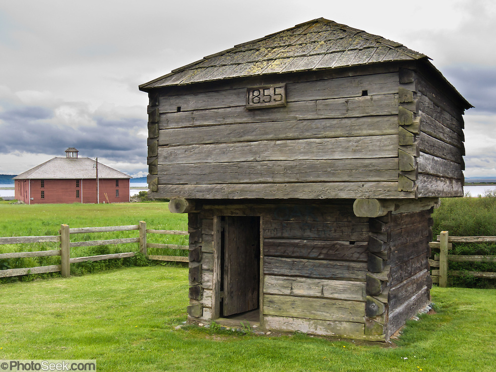 Pioneers built Crockett Blockhouse in 1855 for protection from Indians, then built the barn in more stable times. Ebey's Landing National Historical Reserve, Whidbey Island, Washington, USA.