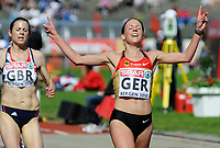 Friidrett<br /> 20. juni 2010<br /> Fana Stadion , Bergen , Norway<br /> European team championships<br /> 5000 M Woman<br /> Jo Pavey (L) , GBR<br /> Sabrina Mockenhaupt (R) , GER<br /> Foto : Astrid M. Nordhaug