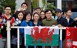 NANNING, CHINA - Sunday, March 25, 2018: Wales supporters wait for the players before a training session at the Guangxi Sports Centre ahead of the 2018 Gree China Cup International Football Championship final match against Uruguay. (Pic by David Rawcliffe/Propaganda)