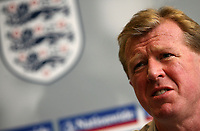 Photo: Paul Thomas.<br />England Press Conference. 06/10/2006.<br /><br />England manager Steve McClaren talks to the media.
