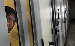 November 19, 2018 - Del Rio, TEXAS, USA - Un prisionero en confinamiento solitario en la cárcel Val Verde en Del Rio, Texas. (Credit Image: © Tom Pennington/Fort Worth Star-Telegram/TNS via ZUMA Wire)