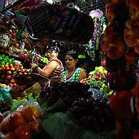 COLOR WHISPERS<br /> Caracas, Venezuela 2009<br /> Photography by Aaron Sosa