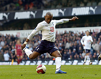 Photo: Olly Greenwood.<br />Tottenham Hotspur v Reading. The Barclays Premiership. 01/04/2007. Spurs Jermain Defoe misses from 6 yards
