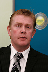 Liverpool, England - Wednesday, June 13, 2007: Liverpool City Council Leader Warren Bradley at a press conference on day two of the Liverpool International Tennis Tournament at Calderstones Park. For more information visit www.liverpooltennis.co.uk. (Pic by David Rawcliffe/Propaganda)