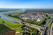 Nederland, Gelderland, Tiel, 30-09-2015; Prins Bernhard Sluis, Amsterdam-Rijnkanaal. Infrastructuur bundel met A15 en Betuweroute.<br /> Amsterdam-Rhine channel with locks.<br /> luchtfoto (toeslag op standard tarieven);<br /> aerial photo (additional fee required);<br /> copyright foto/photo Siebe Swart