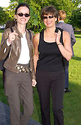 Bettina von Hase and Alison Jackson, Cindy Sherman exhibition opening at  the Serpentine gallery. 2 June 2003. © Copyright Photograph by Dafydd Jones 66 Stockwell Park Rd. London SW9 0DA Tel 020 7733 0108 www.dafjones.com