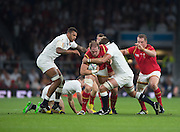 Twickenham, Great Britain,Alun WYE JONES goe's for the gap between left, Courtney WLAYES and Geoff PARLING,  during the Pool A Game, England vs Wales.  2015 Rugby World Cup, Venue, The RFU Stadium, Twickenham, Surrey, ENGLAND. Saturday   26/09/2015  [Mandatory Credit; Peter Spurrier/Intersport-images]